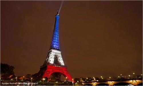 Menara Eiffel dalam Tricolore